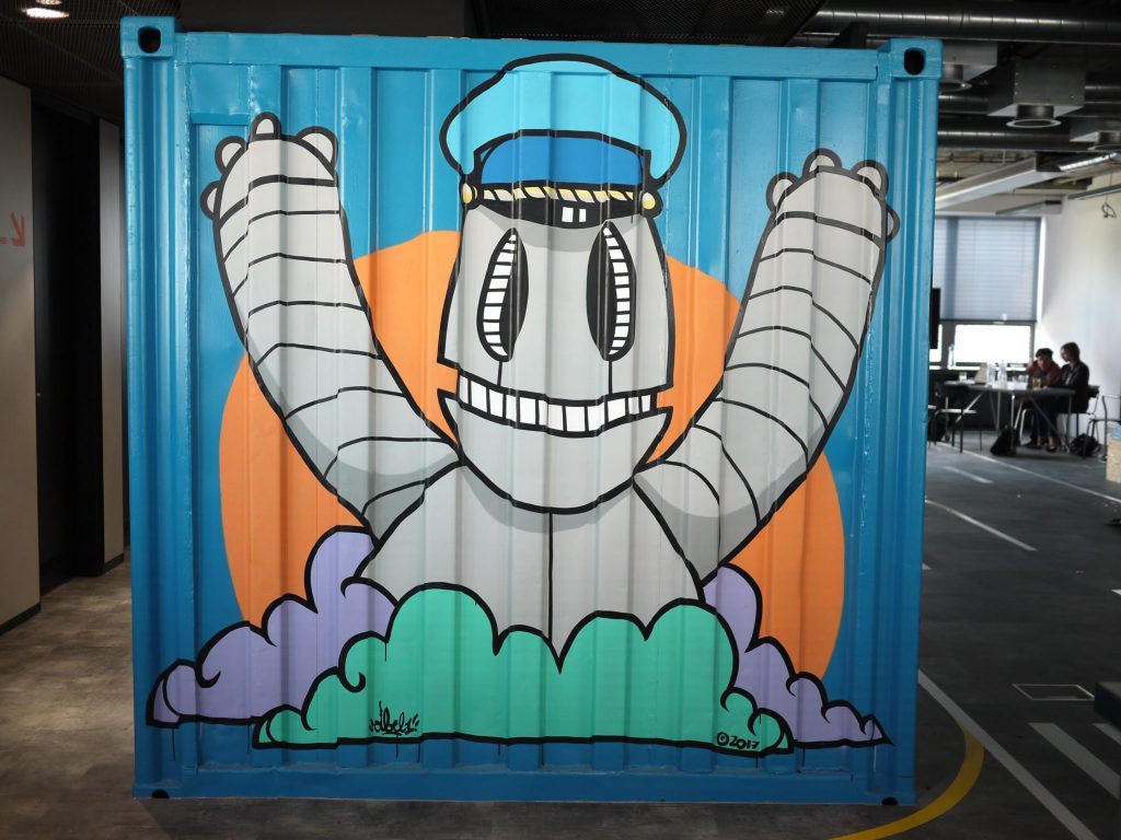 Container Side Concur