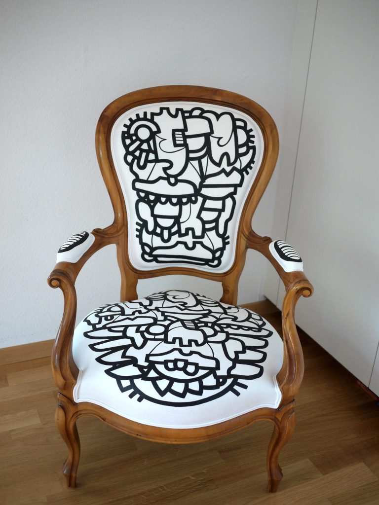 Customized Louis 15 Chair front